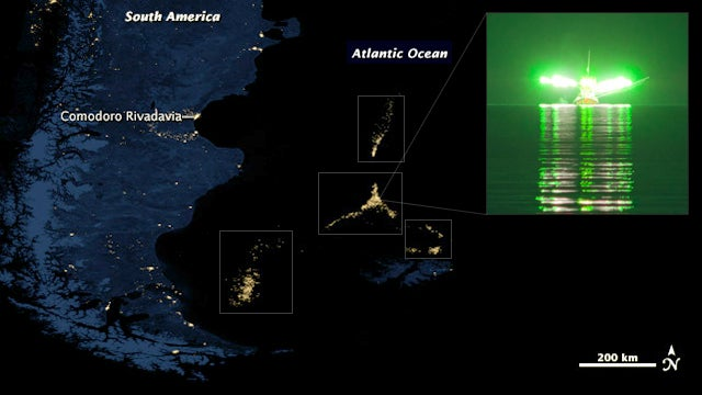 What the hell are these huge moving lights in the middle of the ocean?