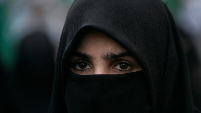 Air France, Where French Burqas Run Free