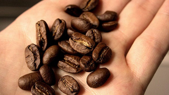 Remove Food Odors From Your Hands with Coffee Beans