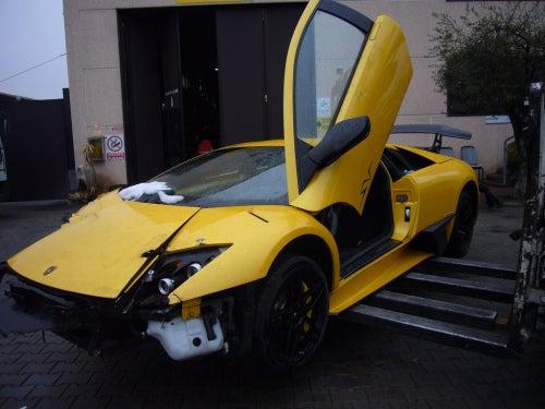 """Lamborghini Murcielago LP670-4 SV Number """"000"""" of 350 Crashed"""