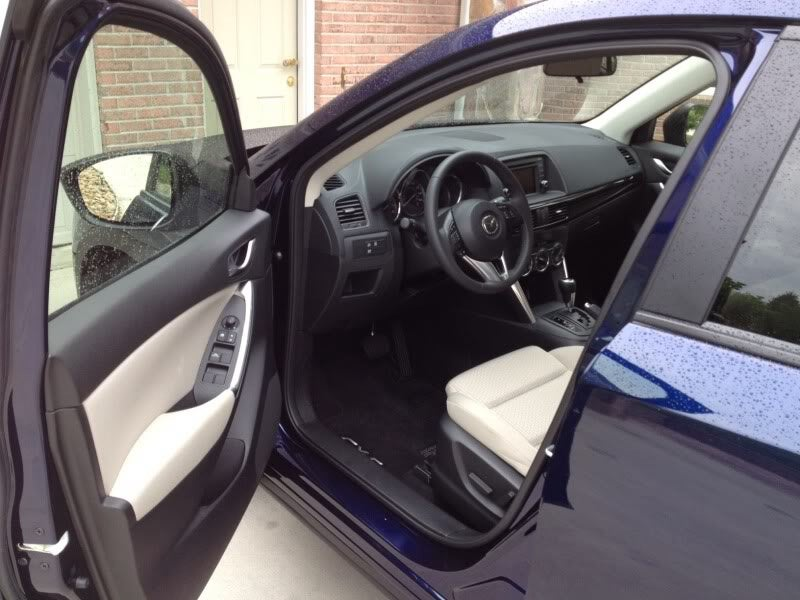 Review: Wifey's Car (2013 Mazda CX-5 Sport)