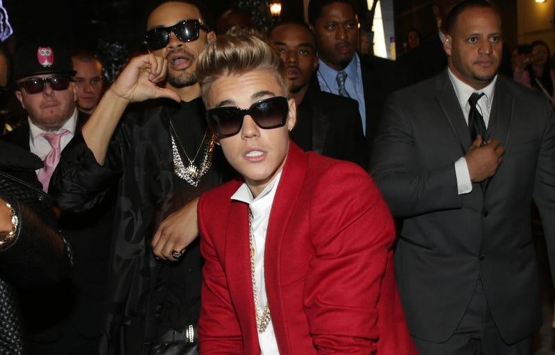 Pilots Had to Wear Oxygen Masks on Bieber's Weed-Filled Super Bowl Jet