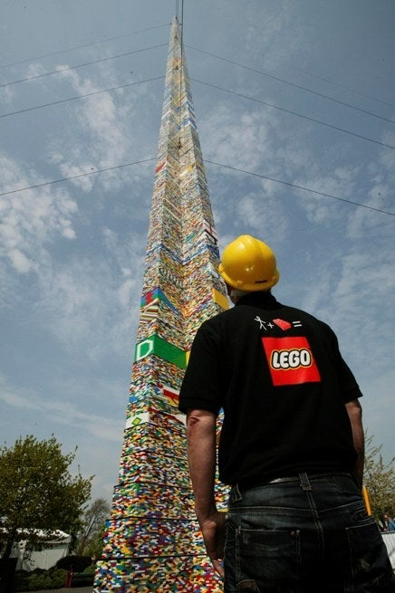 World's Tallest Lego Tower Reaches 10096.13-Foot Mark