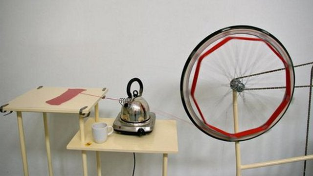 DIY Bicycle-Powered Machine Reclaims Yarn from Sweaters