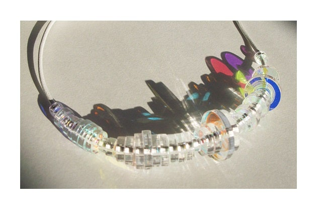 Use sound waves to make personalized jewelry