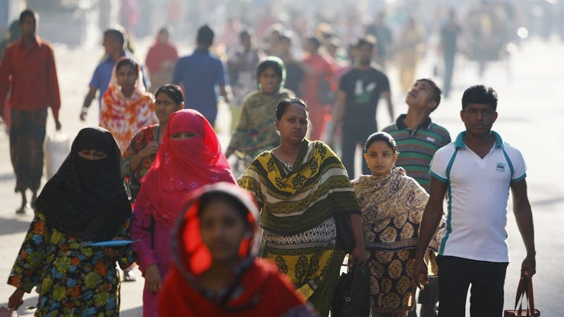 Bangladesh Factory Workers Protesting for $100/Month Met With Violence