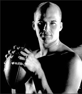 Matt Hasselbeck Is Sexy, You See (YEAH!)