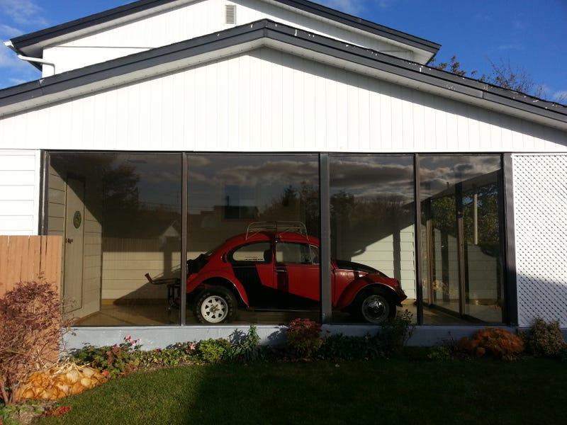 Sunroom or Amazing Tiny Garage?