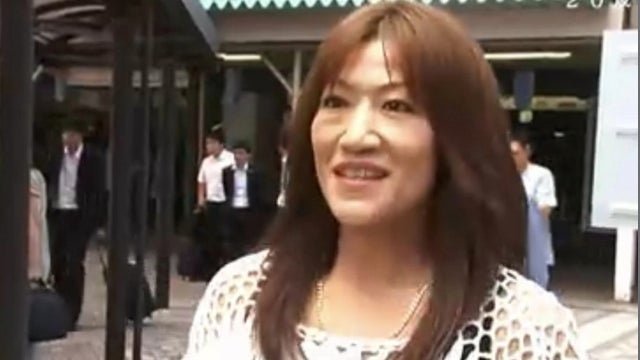 """Idol's Mother Arrested for """"Obscene Acts"""" with Junior High Student"""