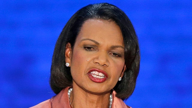 Condoleezza Rice Speaks at RNC, Internet Gets Distracted by Lipstick on Her Teeth