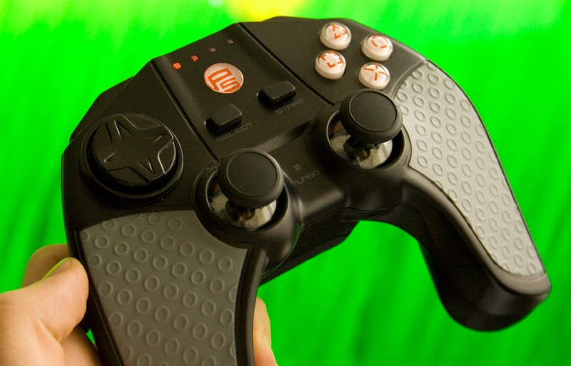 Lightning Review: Datel Wildfire, PS3 Dual Shock Alternative