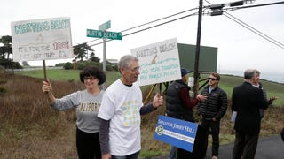 "Vinod Khosla Says It's ""Blackmail"" For Activists to Save Public Beach"