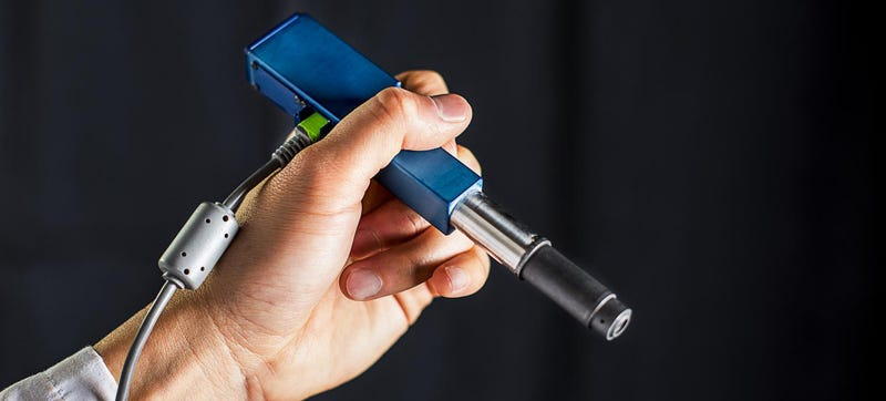 This Pen-Sized Microscope Could Spot Cancer in Your Doctor's Office