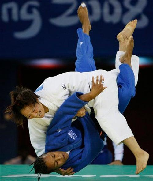 Golden Girls: Ayumi Tanimoto, Lucie Decosse