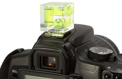 Balance that SLR with 3-Axis Bubble Level