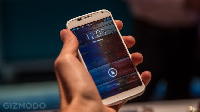 The Best Internet Mistake, Hands On with the Awesome Moto X, And More