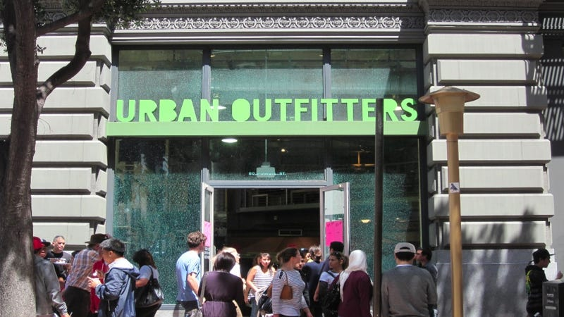 Williamsburg's New Urban Outfitters Will Offer Upscale Food From Hell