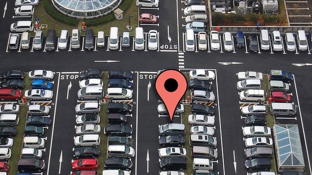 Get In and Out of Parking Lots Instantly with a Few Simple Tricks