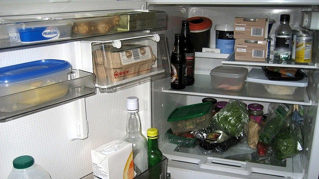 Keep a Log of the Food You Throw Away to Stop Wasting Money at the Grocery Store