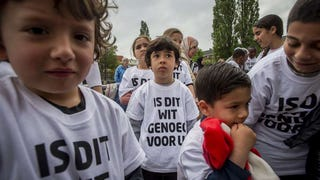 Dutch kids rally for more white students