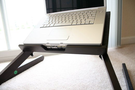 LapDawg Wooden Laptop Stand Hands-On (Working From Bed Never Felt So Easy)