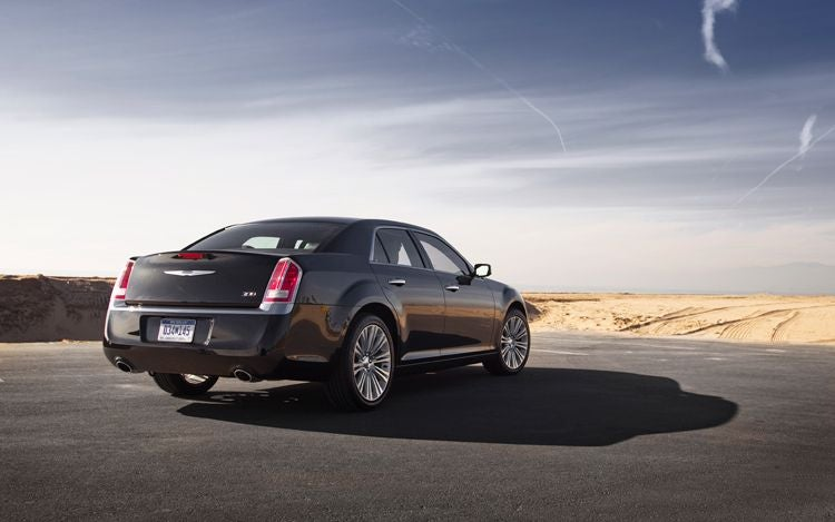2011 Chrysler 300: First Photos