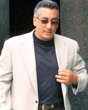 Mobster Vinny Gorgeous Is 'Cold and Moist' in Jail