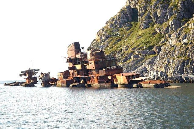 The Sad Story of Soviet Cruiser Murmansk
