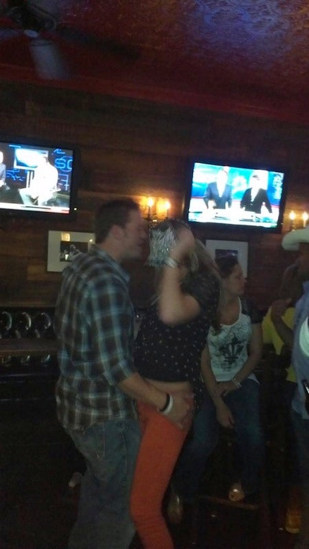 Hey, It's Jake Peavy Partying At A Bar In Wrigleyville
