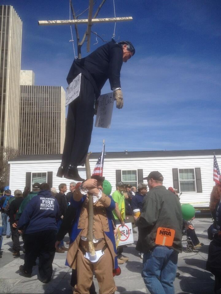 Second Amendment Men Rally in New York Around Crazy Effigy of Cuomo