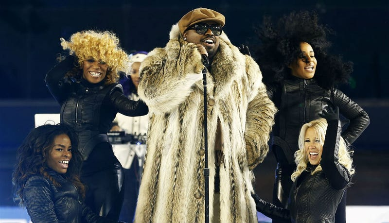 Cee Lo Looks Really, Really Freaking Cold