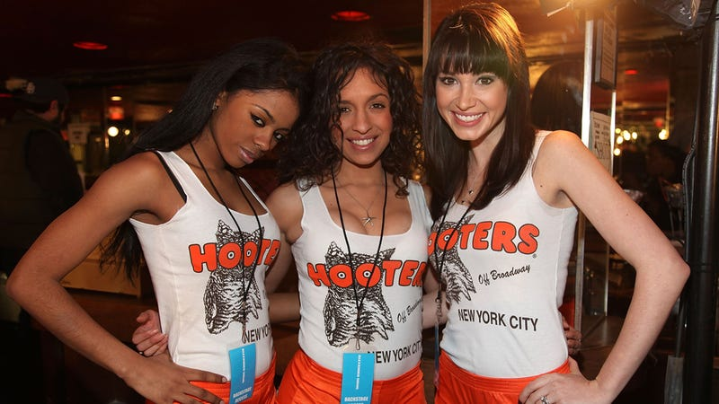 Hooters' Embarrassing Plan to Appeal to the Ladies Is Sort of Working