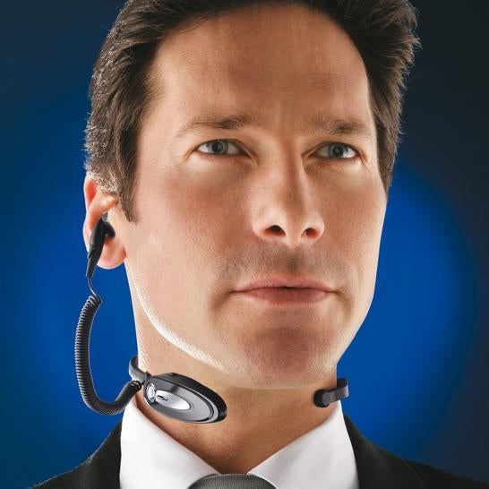 RoadRunner Bluetooth NeckSet Translates Throat Vibrations Into Phone Conversations