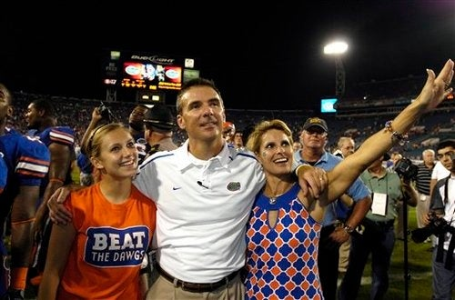 """Urban Meyer Has Had It With """"Internet People,"""" """"Scumbags,"""" and Crowds"""