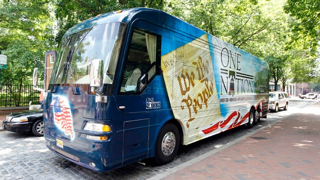 Jury Duty to Blame for Sarah Palin's Bus Tour Hiatus