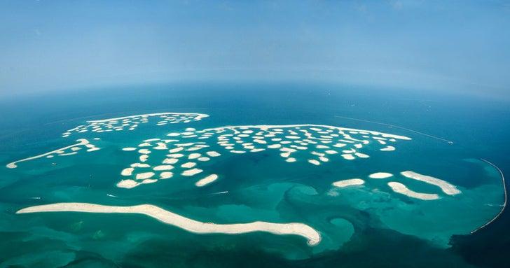 Dubai's artificial islands are sinking into the sea