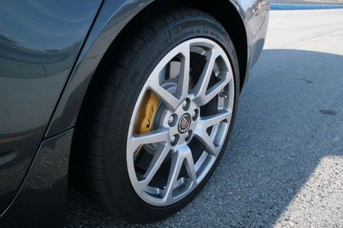 2011 Cadillac CTS-V Sport Wagon: Detail Photos