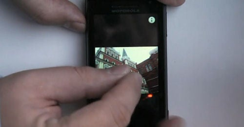 GSM Motorola Droid (aka Milestone) Gets Multi-Touch Support!?
