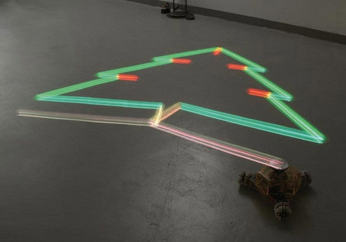 Lightdrawing Robot Takes the Guesswork Out Of Long Exposure Paintings