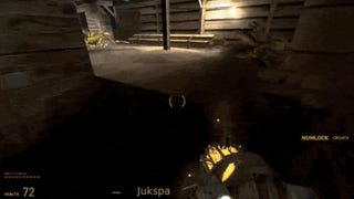 <i>Half-Life 2</i> World Record Speedrun Will Make Your Head Spin