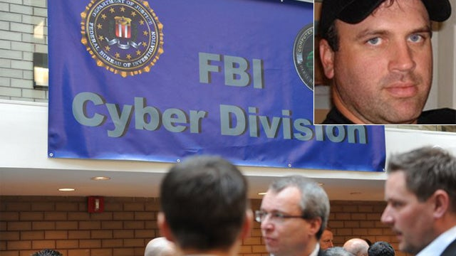 Idiot Who Outed Himself As FBI Snitch Is Still Working with the Feds