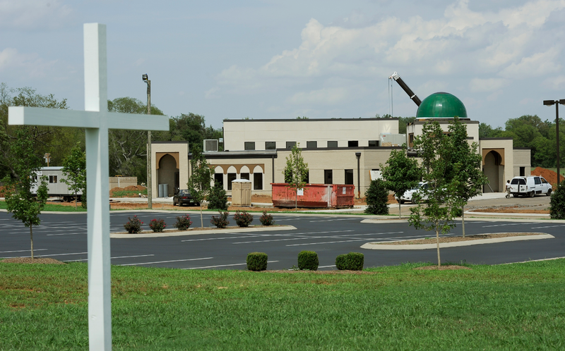 Tennessee Mosque Finally Opens After Years of Good Christian Harassment
