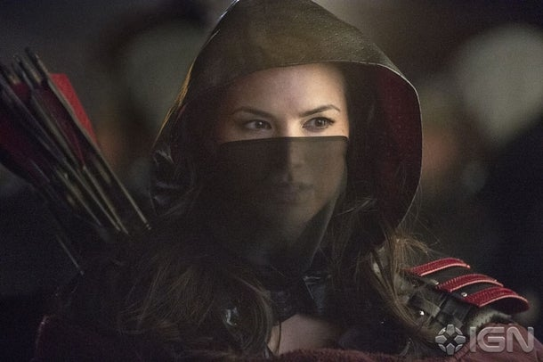Clues About Avengers and Batman, Plus a Look at Arrow's Nyssa al Ghul!