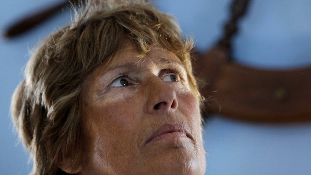 Sixty Two Year Old Woman Quits Swim From Cuba to Florida