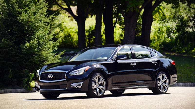 The Infiniti Q70 Is A Big Yacht That Is Still Better Than You Think