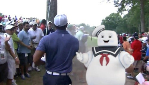 Your Tiger Woods Photobomb Guy Photoshop Roundup