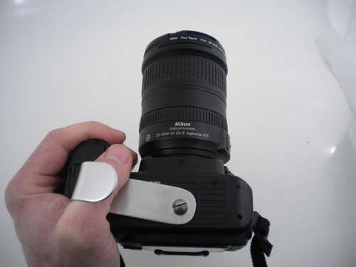 Build a dSLR Attachment for Taking Pictures Left-Handed