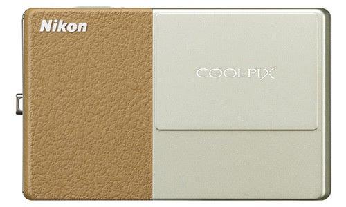 Nikon Coolpix S70 Disappoints, Despite OLED Touchscreen