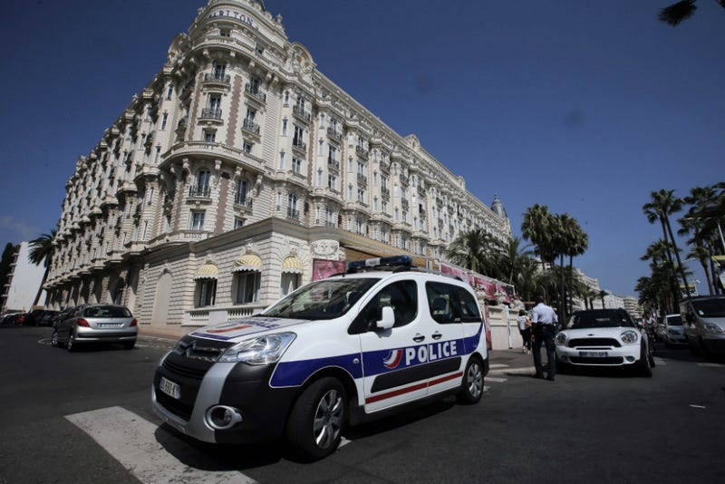 Thief Steals $50 Million in Jewelry in French Riviera Heist