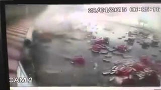 Guy Does The Right Thing After Crashing Truck Almost Kills Him